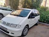 Volkswagen Sharan 1996 года за 2 350 000 тг. в Павлодар – фото 2