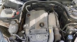 Mercedes-Benz E 200 2010 года за 4 400 000 тг. в Шымкент – фото 4
