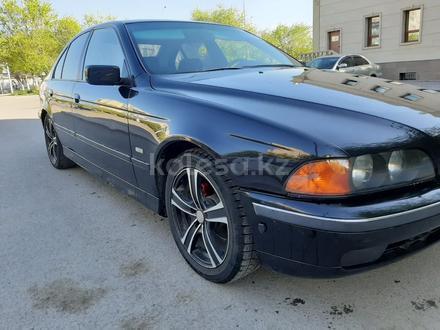 BMW 528 1996 года за 1 650 000 тг. в Караганда