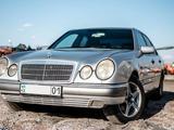 Mercedes-Benz E 230 1996 года за 2 050 000 тг. в Нур-Султан (Астана) – фото 2