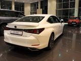 Lexus ES 350 2020 года за 28 420 000 тг. в Алматы – фото 3