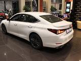 Lexus ES 350 2020 года за 28 420 000 тг. в Алматы – фото 5