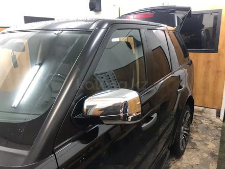 Накладки на зеркала хром Range Rover Sport за 15 000 тг. в Караганда – фото 2