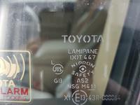 Переднее левое/правое опускное стекло Toyota land cruiser 200 за 45 000 тг. в Алматы
