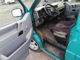 Volkswagen Caravelle 1995 года за 2 000 000 тг. в Караганда – фото 5