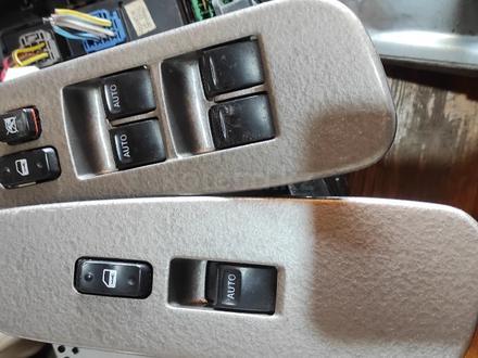 Блок управления стеклоподъёмниками пульт, кнопки на Тойота Секвойя Toyota за 30 000 тг. в Алматы