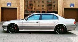 BMW 750 1997 года за 8 000 000 тг. в Нур-Султан (Астана)