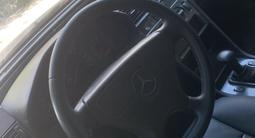 Mercedes-Benz C 220 1996 года за 800 000 тг. в Актобе – фото 5