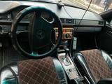 Mercedes-Benz E 320 1992 года за 1 900 000 тг. в Кордай – фото 4