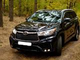 Toyota Highlander 2015 года за 16 450 000 тг. в Петропавловск – фото 2