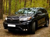 Toyota Highlander 2015 года за 16 450 000 тг. в Петропавловск – фото 3