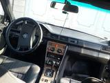 Mercedes-Benz E 260 1988 года за 900 000 тг. в Тараз – фото 2