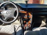 Mercedes-Benz E 280 1993 года за 1 800 000 тг. в Шу – фото 5