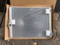 Радиатор охлаждение основной BMW за 70 000 тг. в Алматы