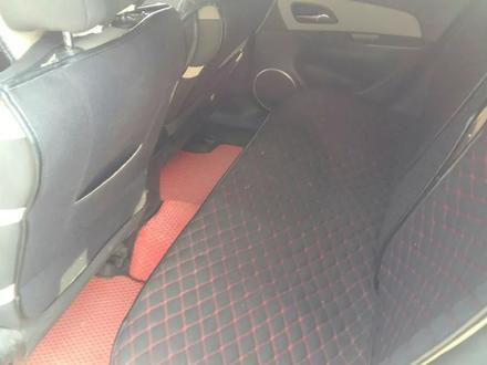 Chevrolet Cruze 2012 года за 4 000 000 тг. в Актобе – фото 9