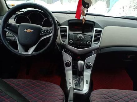 Chevrolet Cruze 2012 года за 4 000 000 тг. в Актобе – фото 15