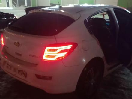 Chevrolet Cruze 2012 года за 4 000 000 тг. в Актобе – фото 25