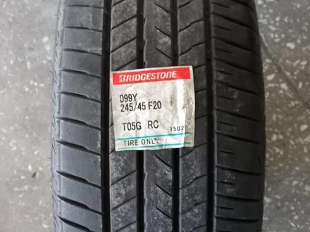 Комплект летних шин Bridgestone 245/45R20 за 55 000 тг. в Алматы