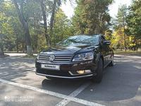 Volkswagen Passat 2014 года за 6 000 000 тг. в Алматы