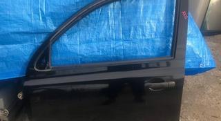 Дверь передняя на Ниссан Микра AK12 за 20 000 тг. в Алматы