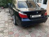 BMW 550 2008 года за 6 300 000 тг. в Атырау – фото 3