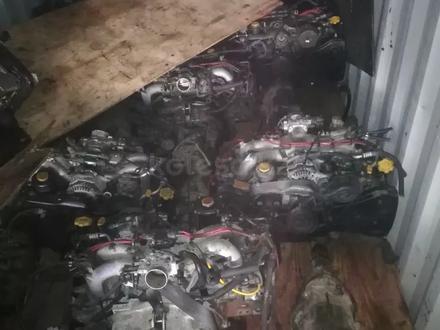 Двигатель с навесным EJ25 за 250 000 тг. в Алматы