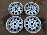 Оригинальные легкосплавные диски R15 на Ауди 100 (Германия 5*112 Ц за 70 000 тг. в Нур-Султан (Астана)