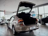 Volkswagen Polo 2020 года за 6 045 400 тг. в Уральск – фото 4