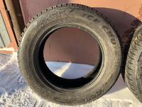 Шины зимние 2шт 225/65/17 Bridgestone за 30 000 тг. в Петропавловск