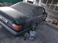 Mercedes-Benz E 230 1987 года за 750 000 тг. в Алматы