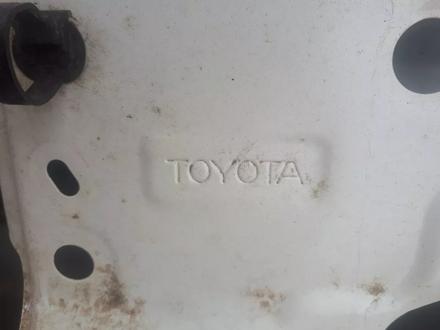 Крышка багажника тлк 200 за 50 000 тг. в Нур-Султан (Астана) – фото 2