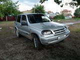 Chevrolet Niva 2005 года за 1 350 000 тг. в Уральск – фото 4
