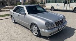 Mercedes-Benz E 50 1997 года за 3 300 000 тг. в Уральск