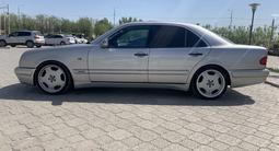 Mercedes-Benz E 50 1997 года за 3 300 000 тг. в Уральск – фото 5