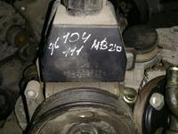 Гур насос, двигатель 104 за 45 000 тг. в Алматы