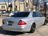 Mercedes-Benz S 320 1999 года за 3 450 000 тг. в Шымкент – фото 3