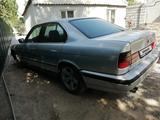 BMW 530 1990 года за 1 000 000 тг. в Шымкент – фото 4