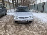 Volkswagen Golf 2003 года за 2 500 000 тг. в Нур-Султан (Астана) – фото 2