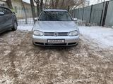Volkswagen Golf 2003 года за 2 500 000 тг. в Нур-Султан (Астана) – фото 3