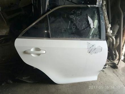 Дверь задняя левая toyota camry 50 за 90 000 тг. в Алматы