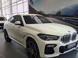 BMW X6 XDrive 40i 2021 года за 55 596 933 тг. в Караганда