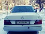 Mercedes-Benz E 230 1992 года за 1 150 000 тг. в Алматы – фото 4