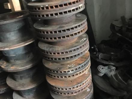 Диски тормозные на камри 40 за 10 000 тг. в Алматы – фото 2