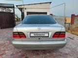 Mercedes-Benz E 280 1998 года за 4 200 000 тг. в Туркестан – фото 5