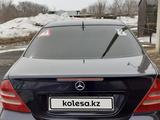 Mercedes-Benz C 240 2000 года за 2 550 000 тг. в Караганда – фото 3