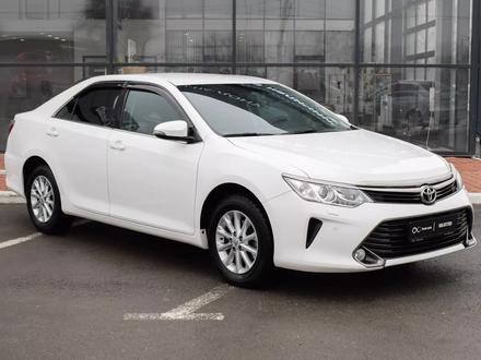 Toyota Camry 2016 года за 9 800 000 тг. в Семей
