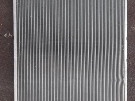 Радиатор на Lexus RX 330 за 52 000 тг. в Алматы