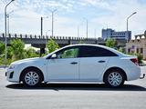 Chevrolet Cruze 2013 года за 3 150 000 тг. в Атырау – фото 4