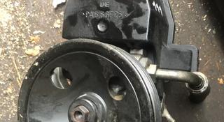Гур насос мерседес 111 двигатель за 25 000 тг. в Алматы