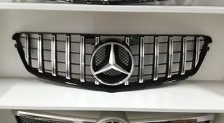 Решетка радиатора Mercedes w204 GT style за 100 000 тг. в Алматы